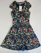 Yumi Women's Parrot Print Dress with Pleated Skirt Navy US 0/2 UK 8 NWT