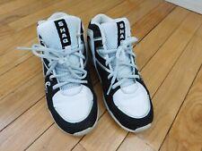 Youth Size 4 Boys' Shaq Sneakers Black White Gray