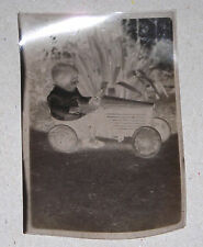 Négatif photo enfant in voiture à pédale années 30 format 9 cm x 6 cm SUPERBE !!