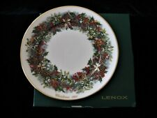 "Lenox Christmas Wreath Collector Plate, ""1981, Virginia, the First Colony"""