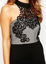 * Lipsy * (Taglia UK 12) Cornelli Mesh ritaglio dietro il collo APLIQUE Vestito Aderente
