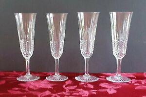 4 flûtes à champagne Baccarat modèle Turenne