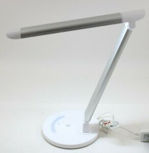 Stylish Metal LED Desk Lamp Office Computer Light USB Charger TaoTronics TT-DL16