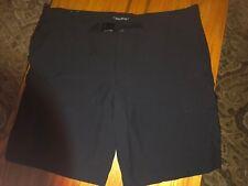 Columbia Omni Shield Mens Size 42 Black Lightweight Cargo Shorts