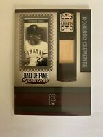 2005 Donruss Greats Hall of Fame Souvenirs Bats Roberto Clemente HOF