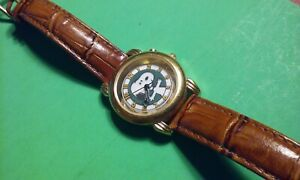 Armitron   Snoopy Peanuts Leather Watch Green w/ Yellow Numbers Brown Band WORKS