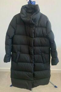uniqlo black down puffer jacket - women's Large - full body length