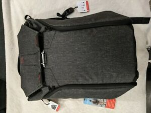 Peak Design Everyday Backpack 30L Charcoal  new READ