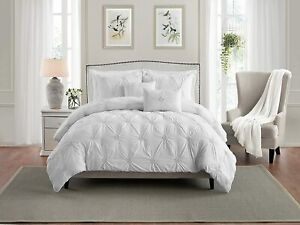 Swift Home Floral Pintuck Full/Queen Comforter Set in White