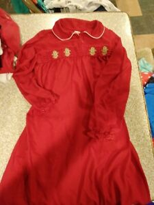 Girls Long Red nightgown size 10/12 with Gingerbread men