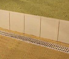 City Classics-HO Scale -- #601 Modular Concrete Retaining Walls (Pkg-2)- NIB