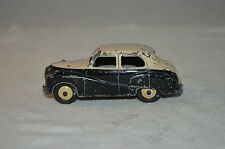Dinky Toys 161 Austin Somerset in good plus original condition