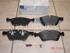 Mercedes R-Class Genuine Front Brake Pad Set,Pads w/Sensor R320 R350 R500 NEW