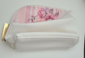 Mary Kay Cosmetic/toiletry bag