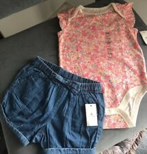 NWT Baby Gap Girl Floral Flutter Bodysuit & Chambray Bubble Jean Shorts 18-24