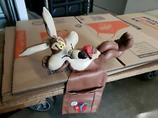 Extremely Rare! Looney Tunes Wile E Coyote Road Runner Tv Remote Control Holder