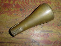 RARE VINTAGE  DOUBLE WALL BRASS CORNET MUTE   C 1930S