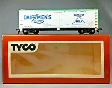 TYCO 329 - HO G DAIRYMEN'S LEAGUE MILK REEFER GAR 907 RUN W/ ATHEARN ROUNDHOUSE