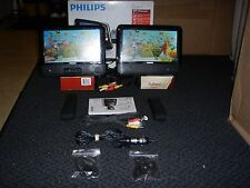 "7"" Dual Philips PD7012/37 portable dvd player"