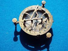 Kompass, Messing, 2 Libellen, 9 cm Durchmesser, im Kasten, antik