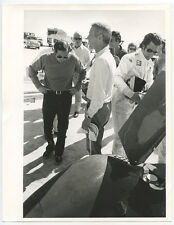 PAUL NEWMAN, AMERICAN ACTOR, DIRECTOR   PROFESSIONAL RACING DRIVER 8X10 BW PHOTO