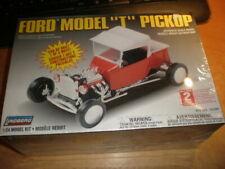Lindberg 72334 kit 1/24  Ford Model T Pickup       MIB