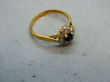 Attractive 18ct Gold  Diamond & Sapphire Floral Cluster Ring dated 1970