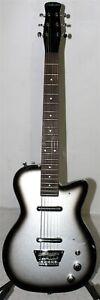 Silvertone Classic 1303 U2 Reissue Electric Guitar Black