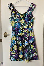 Review Petunia Dress Size 12 Floral fit and flare dress