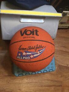 Vintage  Voit Kareem Abdul Jabbar Basketball