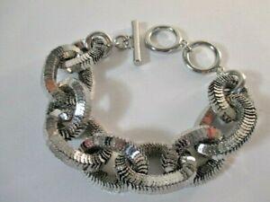 Banana Republic Women's Silver Glamour Glitter Toggle Bracelet NWT 59.50