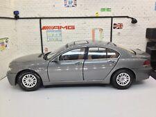 1:18 Diecast Model Car BMW 7 Series Grey Motormax
