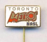 old TORONTO METROS pin BADGE from 1970´s NASL soccer CANADA