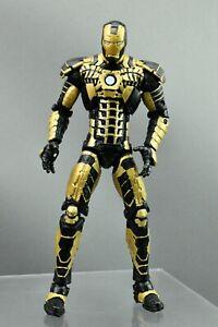 """Marvel Legends Iron Man Mark V evolution Suitcase Armor Black Gold 6"""""""