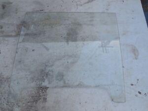 MERCEDES 220 250 280 300 SE LEFT WINDOW DOOR GLASS SEKURIT 111 2DR  COUPE