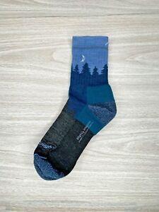 Darn Tough Hike Trek Socks Womens Size Medium Blue Mountains Slight Irregular