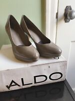 Aldo shoes 9.5 taupe Lomack platform pumps 4-inch heels 40 EU