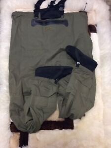 Camo Cabela's Fishing waders +L used