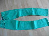 BLUE EFFECT tolle skinny Jeans grün Gr. 152 TOP (VS 514)