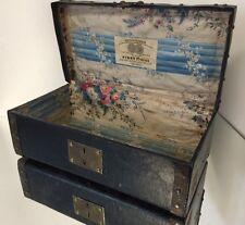 Pigny Frères Toulouse Malle de Poupée Miniature Valise Bagage Ancien Vintage