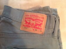 Levis 513 30 33 Green Used LEVIS W30 L33 GREEN STRAIGHT LEG USED
