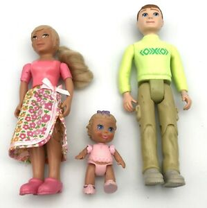 Learning Curve LCB DOLLHOUSE FIGURES Dolls Blond Mom, Dad & Baby Lot of 3