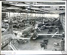 Etats-Unis . San Diego . avion Aircraft. usine .photo ancienne.
