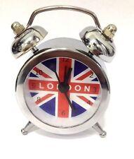 MINI SVEGLIE caso di metallo color argento Bandiera Britannica 12 mesi di garanzia