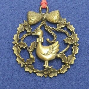"""BRONZE TONED METAL WREATH SHAPED CHRISTMAS TREE ORNAMENT W/GOOSE IN CENTER 2.5"""""""