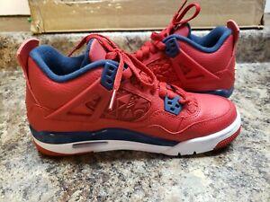 Youth Jordan retro 4 size 06.5