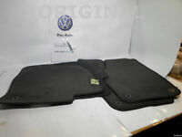 Kit Set Mats Full Footmats Carpets Original Volkswagen VW Polo Shirt