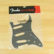 Fender 57 Stratocaster Pickguard 8 Hole 3 Ply Black FENDER AVRI '57 Strat Global