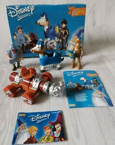 RARE VINTAGE DISNEY HEROES FAMOSA SWORD IN THE STONE KNIGHT FIGHT PLAY SET 2003