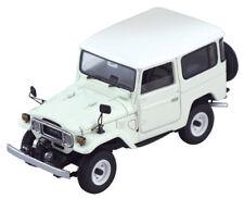 1:43 Toyota Land Cruiser LC BJ/FJ40 Series Century Dragon High-End Resin White